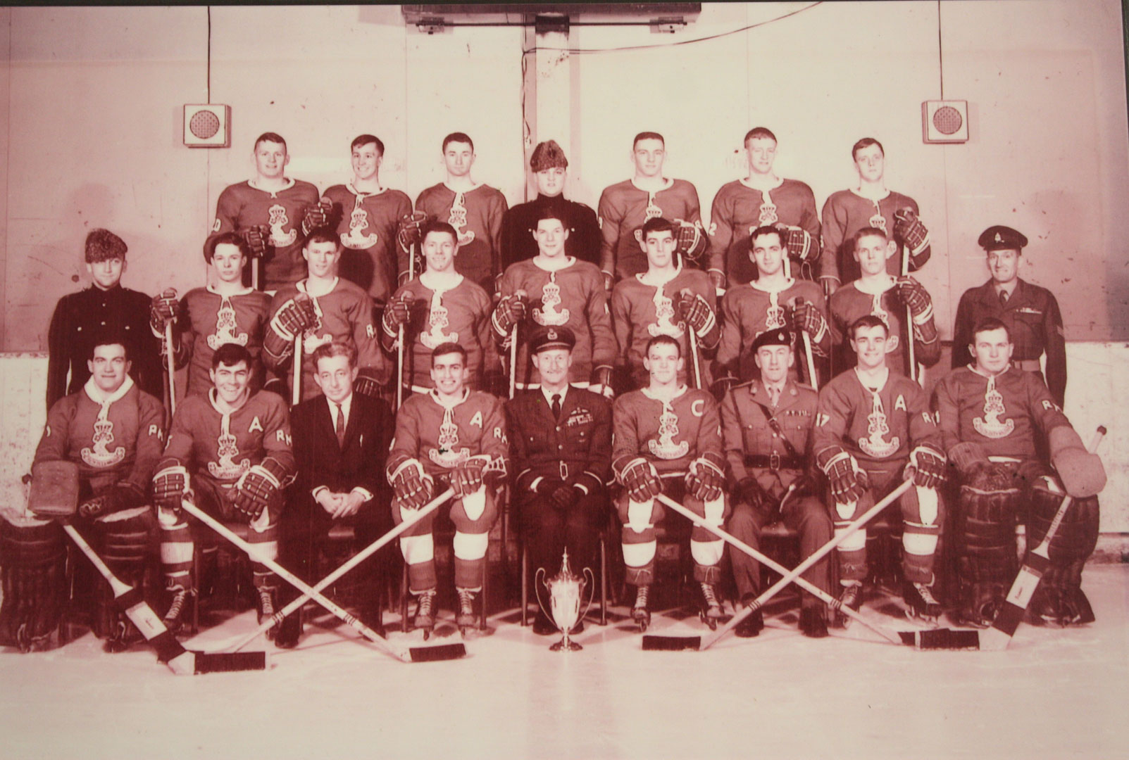 RMC Hockey 1965-66 Picture