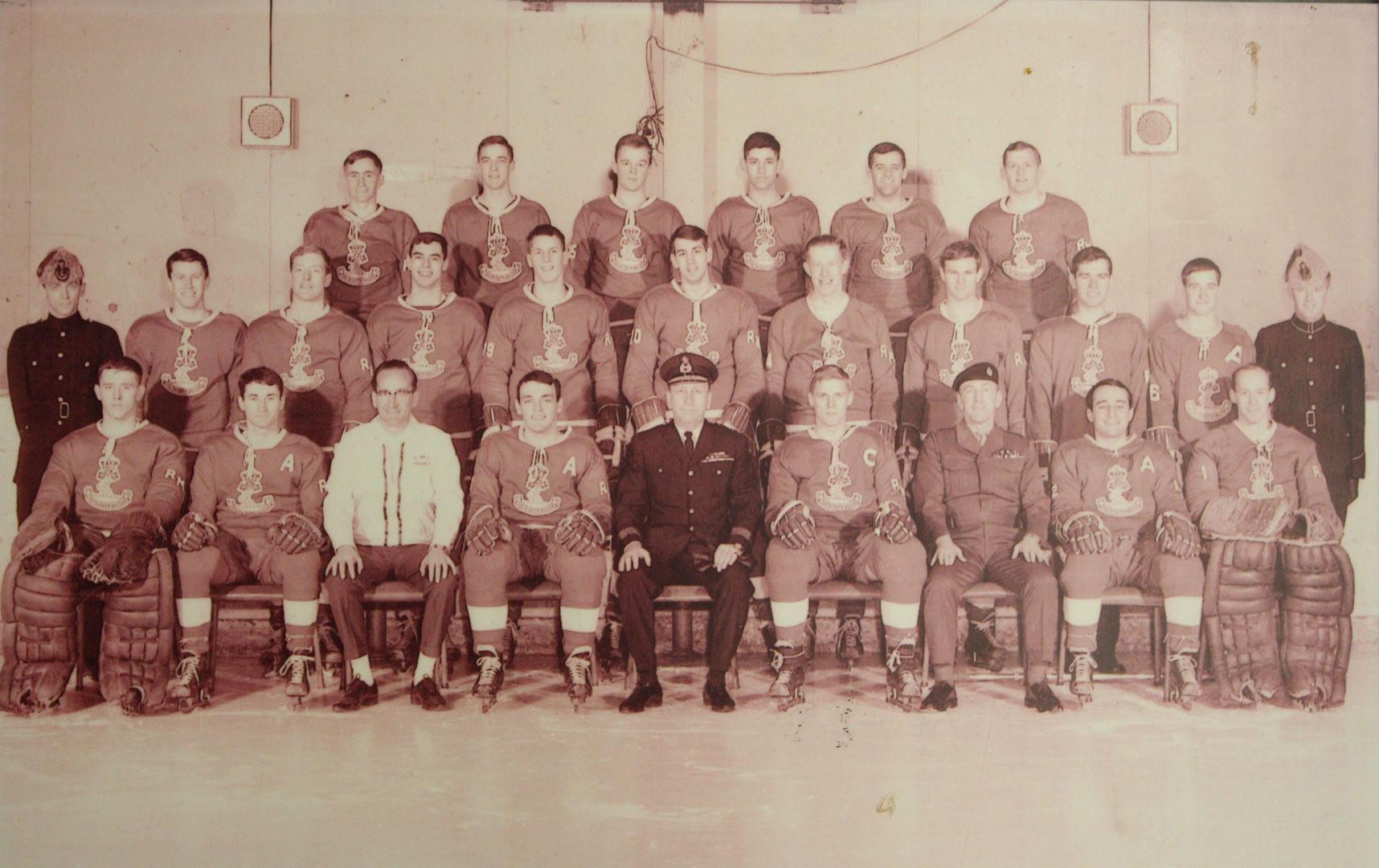 RMC Hockey 1967-68 Picture