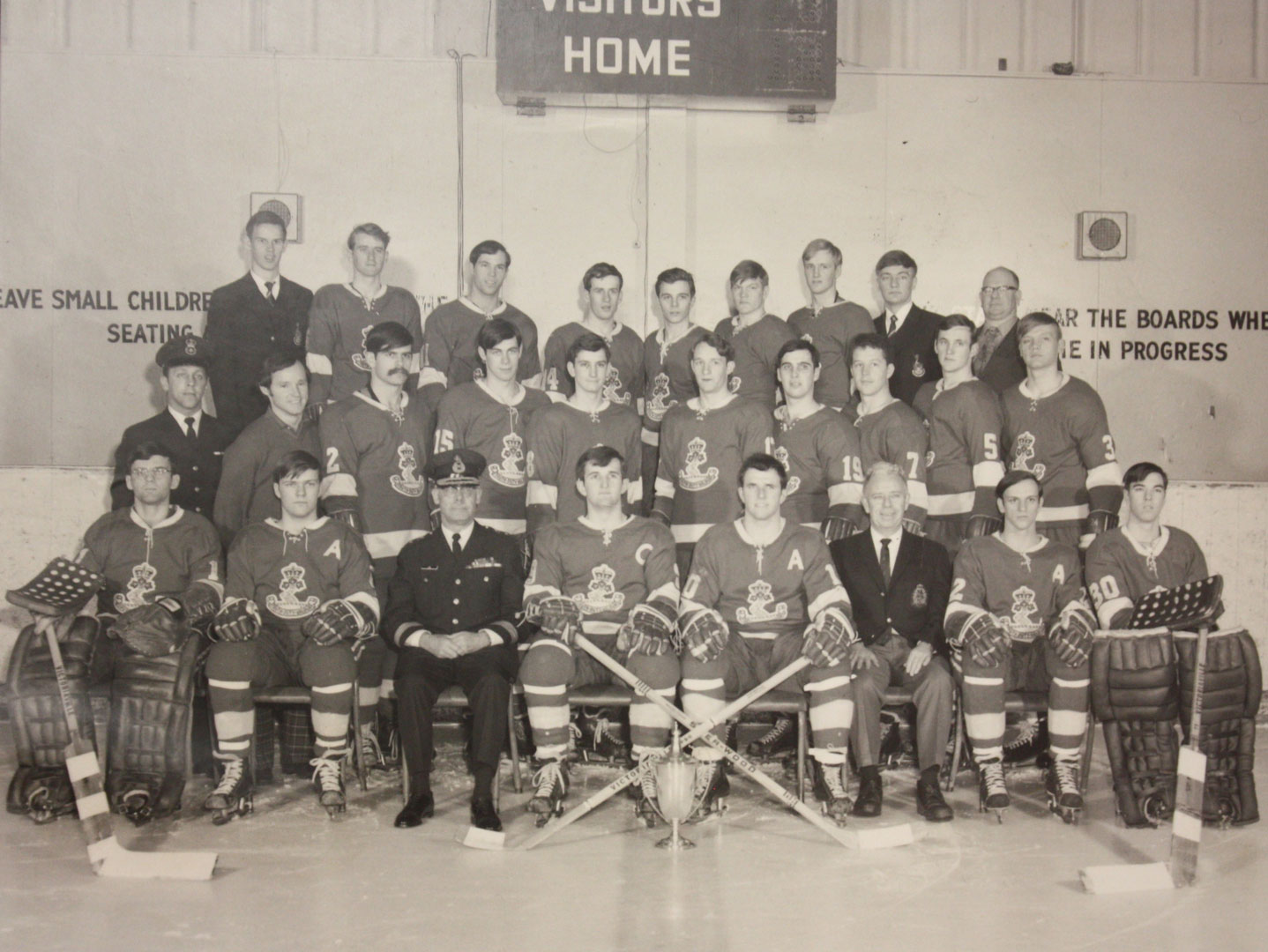 RMC Hockey 1971-72 Picture